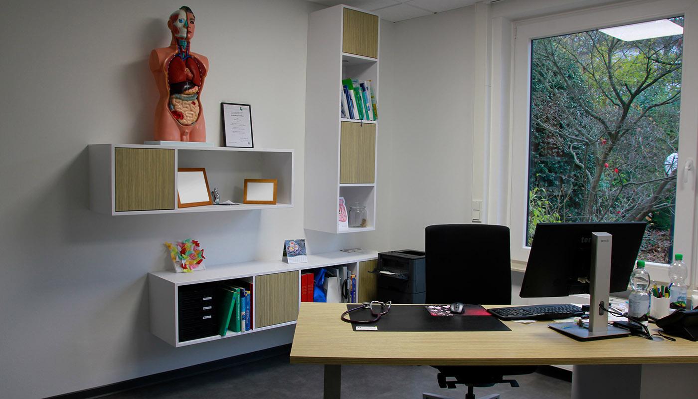Büro - komplette Einrichtung auf Wunsch
